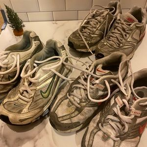 Used Nike tennis shoes for ladies